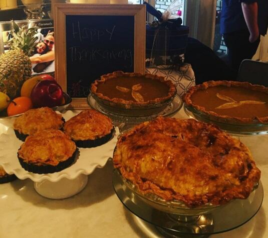 Los cantantes celebran Thanksgiving