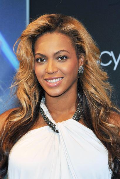 Y qué sería de la conocida imagen de Beyoncé sin su larga, ondulada y ab...