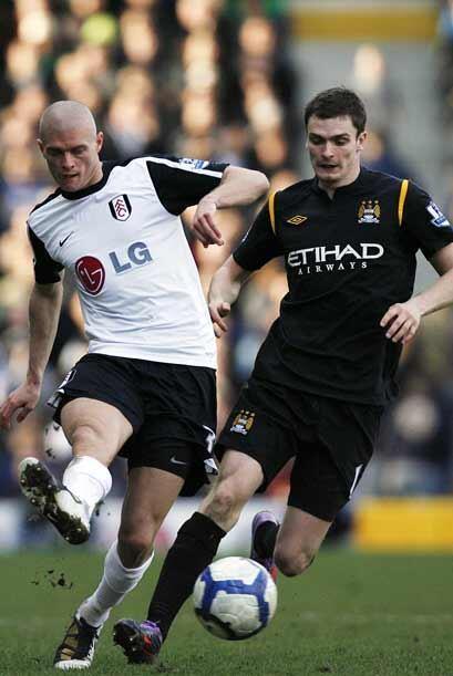 El último juego de la jornada dominical en Inglaterra fue el Fulham-Manc...