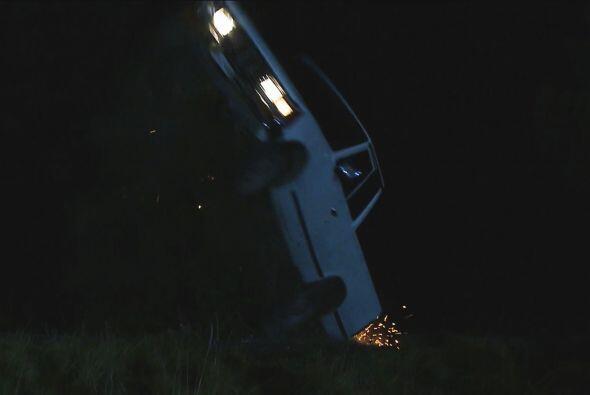 ¡Perdió el control dentro de la camioneta que viajaba!