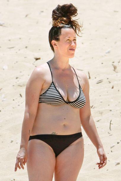No debería ponerse bikini. Mira aquí los videos más chismosos.
