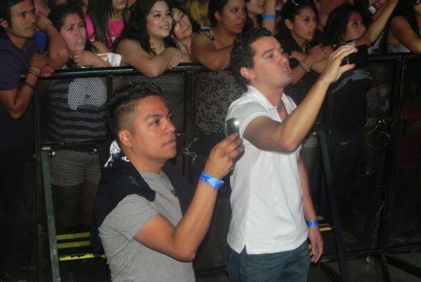 ¡Hasta Rodolfo el Chamo de 104.9 Tu Música, y Danny Luna de Recuerdo, se...