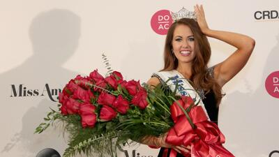 Cara Mund, representante de Dakota del Norte, ganó la corona de Miss Ame...