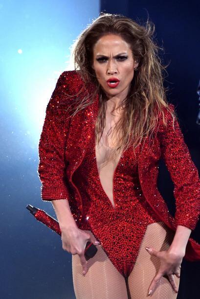 ¿Crees que Jenni debería dejar de mover sus caderas?