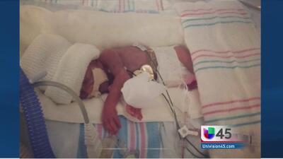 Bebita sobrevive trágica muerte de su madre
