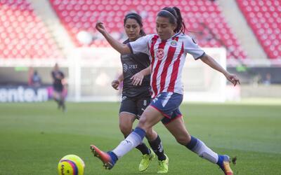 Las campeonas del fútbol mexicano femenil se impusieron 2-0 ante...