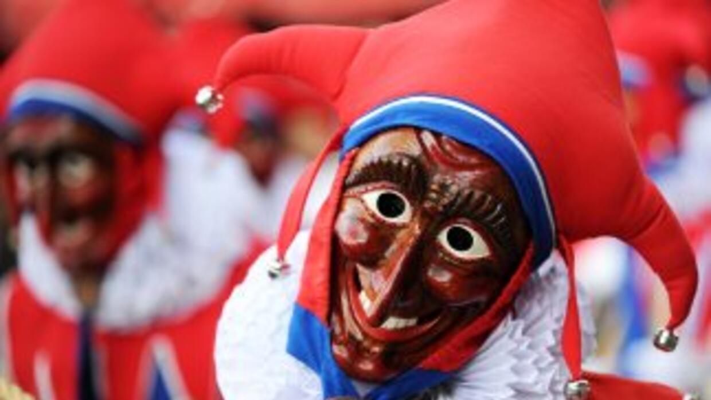 Como cada año se lleva a cabo el carnaval de Venezuela que llena de colo...