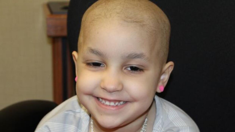 En St. Jude, los doctores confirmaron que Izarah sufría de leucemia linf...
