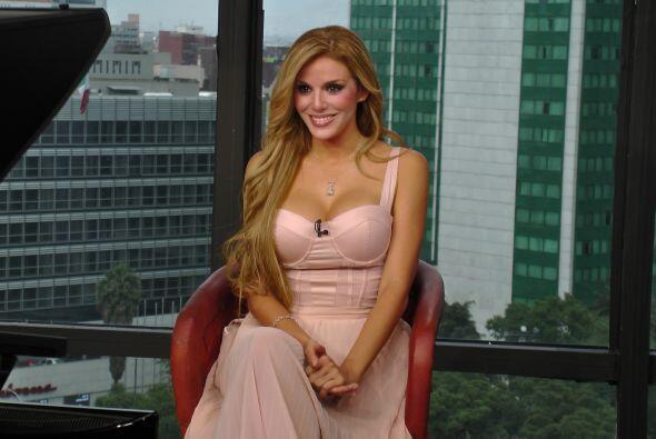 """La guapa actriz cubana reveló que el papel de """"Aventurera"""" ha sido todo..."""