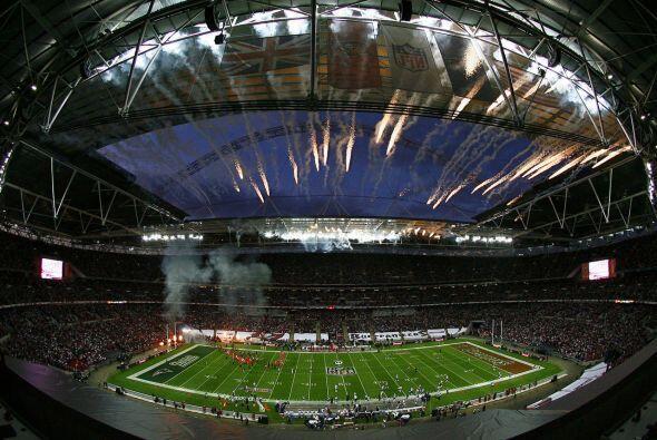 Domingo, Oct. 25 -- Bills vs. Jaguars, Wembley Stadium, London, England...