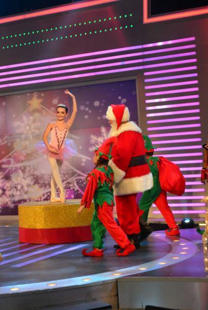 El momento en que Santa llegó al estudio la mágia de la Navidad estuvo m...