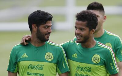 Carlos Vela y Giovani dos Santos con México