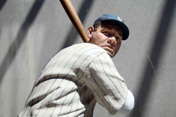 Babe Ruth acuñó la palabra bambinazo al irse para la calle 714 veces ent...