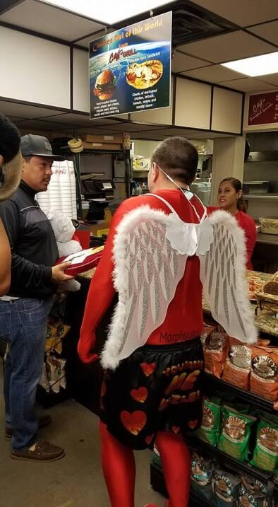 El Turky celebra el amor con radioescuchas en Houston  16730610_10155117...