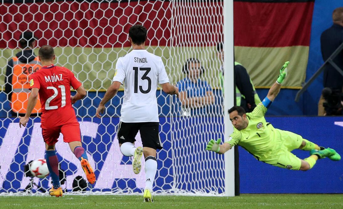Análisis: Alemania y Chile inventan el micro-fútbol 7.jpg