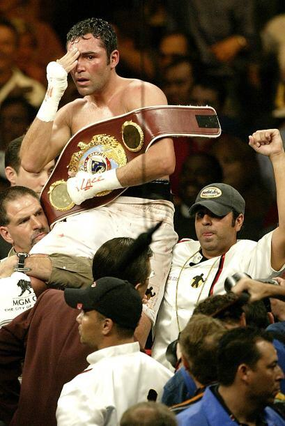 """""""scar De la Hoya venció a Felix Sturm para conseguir su sexto título mun..."""