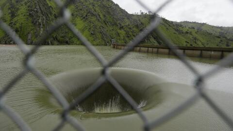 Así se observa el llamado 'Gran Hoyo' de la represa Monticello.