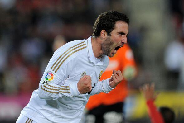 Primero apareció Gonzalo Higuaín y con una definición llena de suerte em...