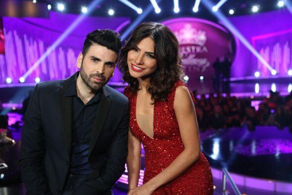 Jomari Goyso y Alejandra Espinoza estaban ansiosos porque empezara la gala.