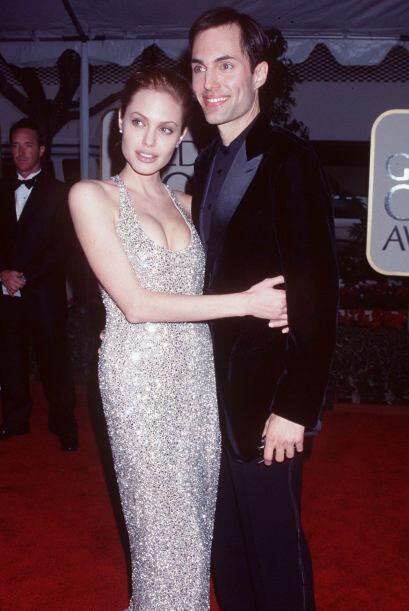 A pesar de poseer gran belleza, el sentido de la moda de Jolie era pésim...