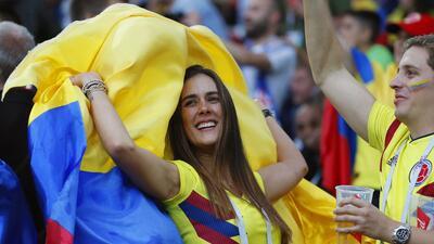 Moscú, fútbol y fanáticas: colombianas e inglesas protagonizaron la previa de los octavos de final