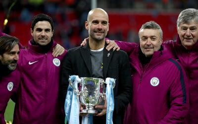 Guardiola consigue su primer título en Inglaterra con la Copa de...