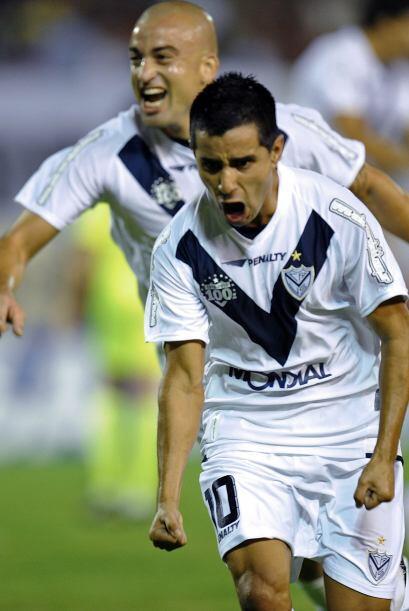 Maxi Moralez (20) y el uruguayo Santiago Silva (47, 55) fueron os respon...