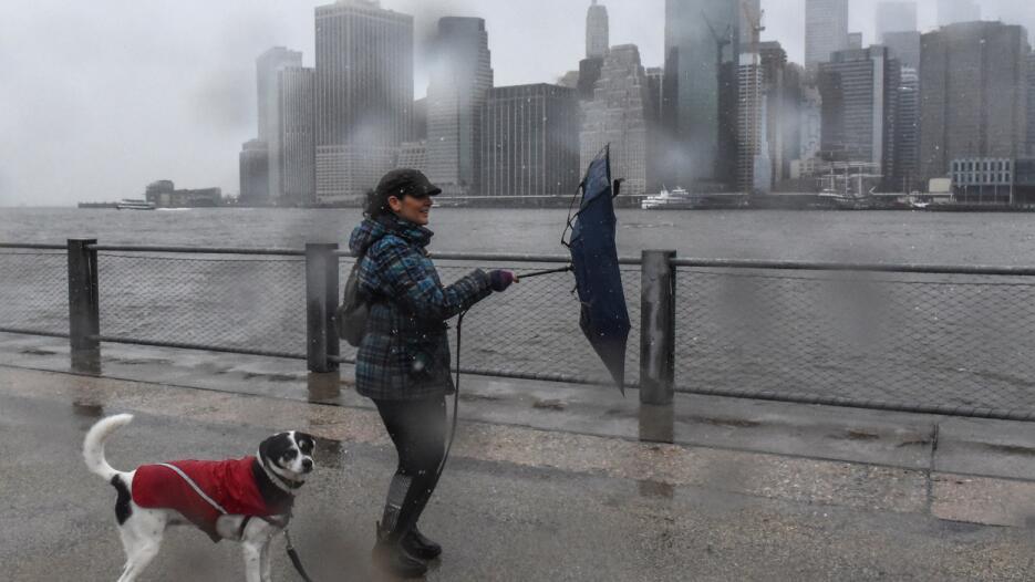 Las altas velocidades de viento persistirán la tarde de este viernes en...