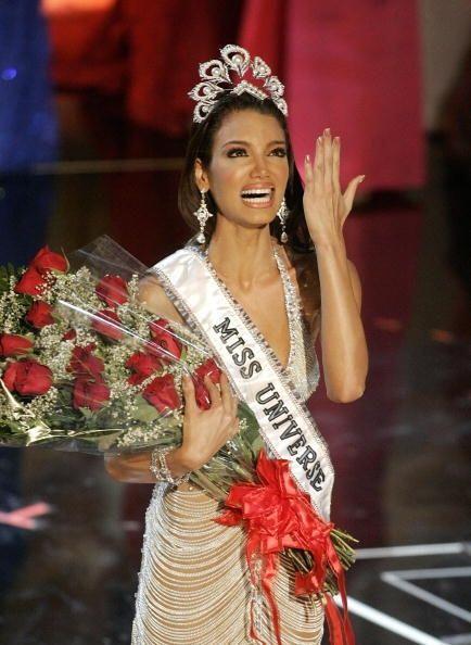 Zuleyka Rivera Mendoza de Puerto Rico fue Miss Universo en 2006. Desde s...