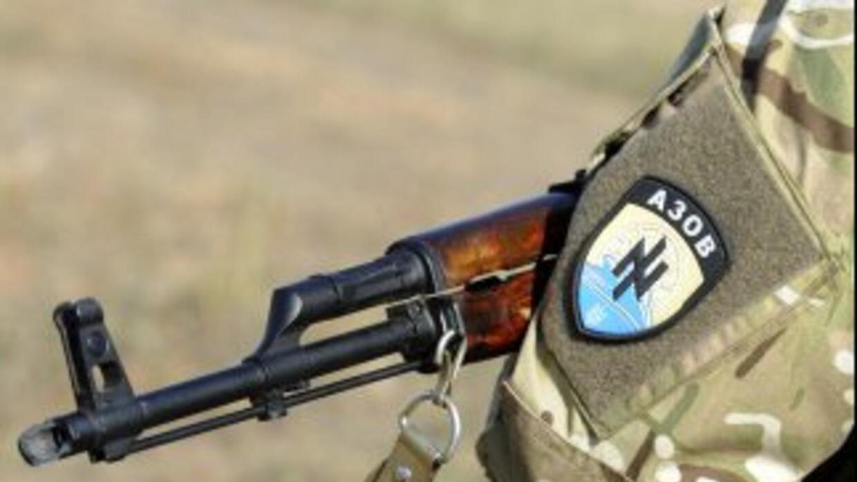 """Ucrania anuncia un """"alto al fuego permanente"""" con Rusia y Moscú niega su..."""