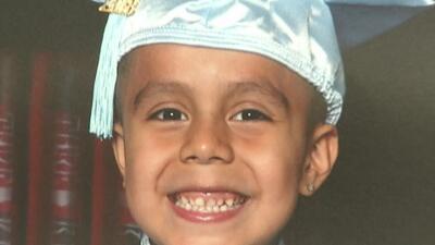 Un niño latino de 5 años de edad fue arrollado por un vehículo que era conducido por otro menor
