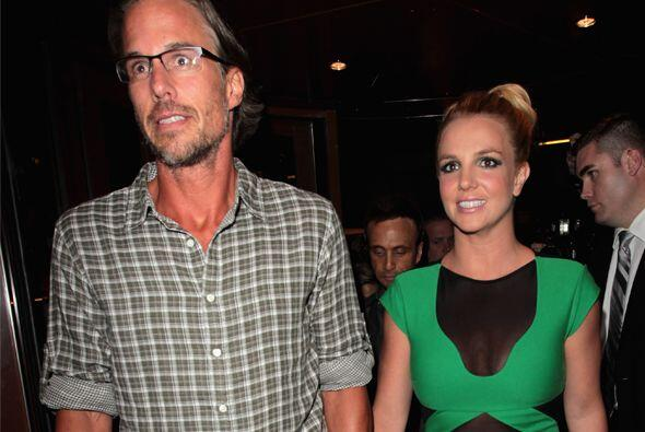Britney Spears y Jason Trawick sorprendieron al anunciar su noviazgo, pe...