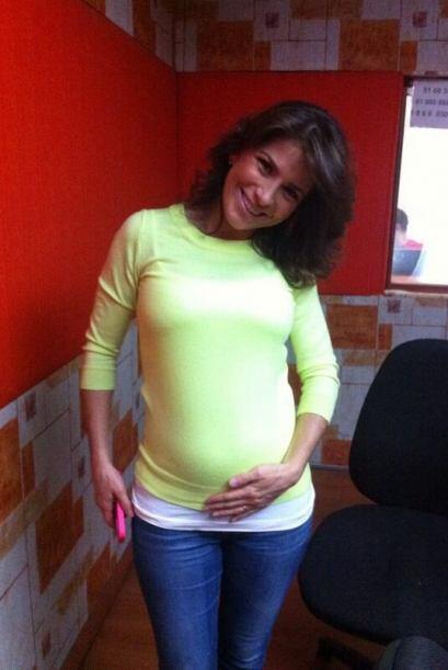 Con casi seis meses de embarazo, Alessandra Rosaldo es afortunada de ten...