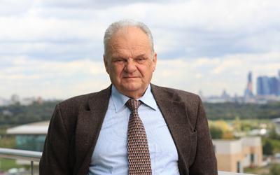 Víctor Tolmachev