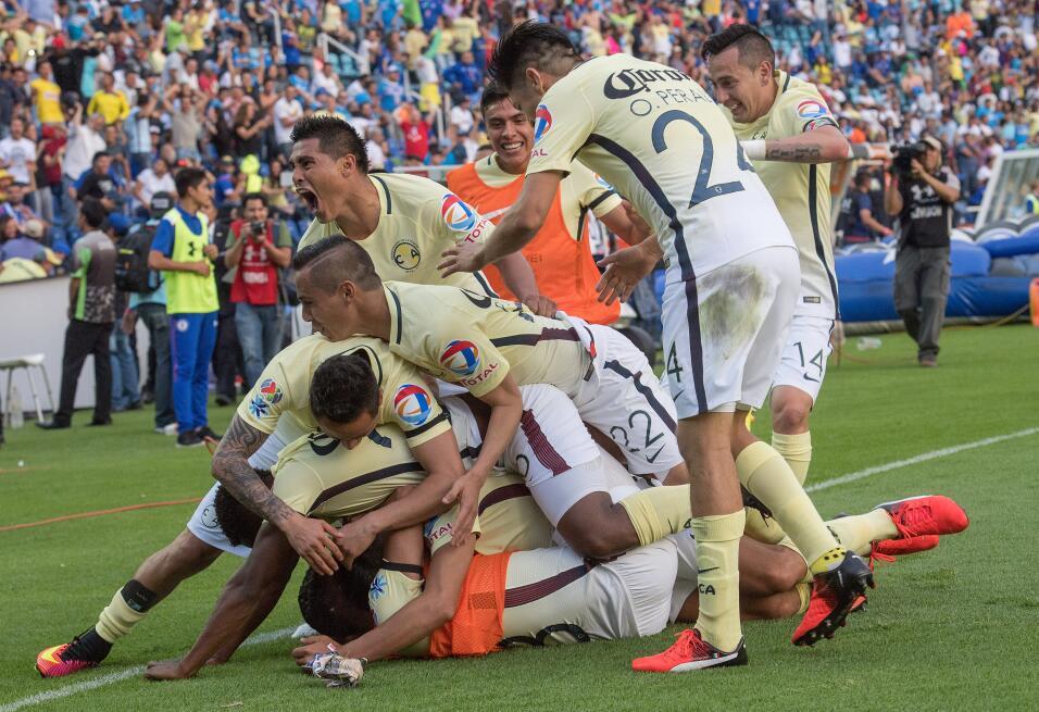 Cruz Azul regresa al Estadio Azteca 13.jpg