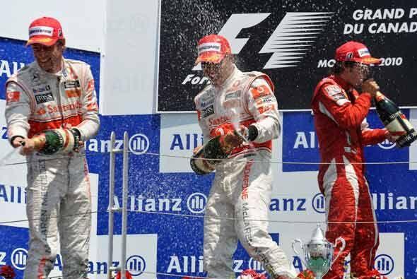 McLaren se quedó con el 1-2 del GP de Montreal y Fernando Alonso, de Fer...