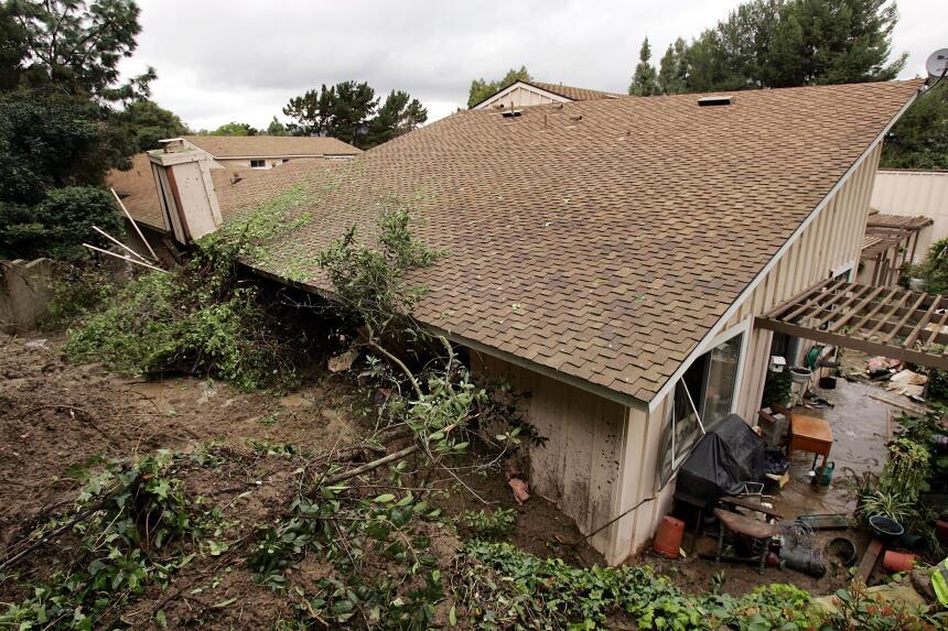 Tras las fuertes lluvias de febrero de 2005, numerosas viviendas del sur...