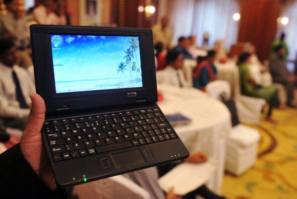 NETBOOKS. Baratas y diminutas laptops, hicieron su aparición en 2...