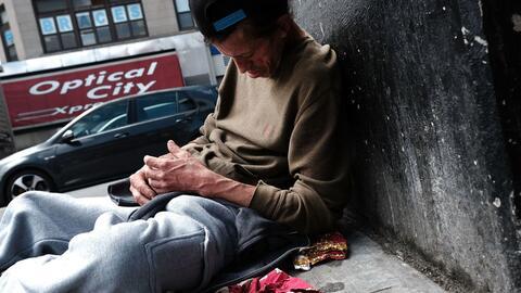 En la ciudad de Nueva York, más de 1,300 personas fallecieron a c...
