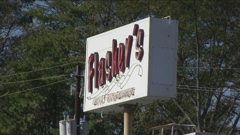 Autoridades allanan clubes nocturnos en Sandy Springs por presuntas acti...