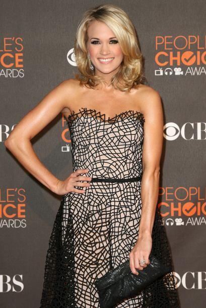 Carrie Underwood es una hermosa cantante de música country y actriz amer...