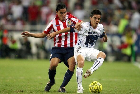 """Chivas ganó esos dos juegos en la """"Perla Tapatía"""", al imponerse 3-0 en e..."""