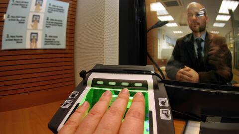 Una larga lista de empresas utilizan las visas H-2B para emplear legalme...
