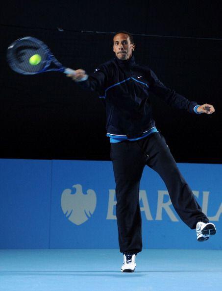 El jugador del Manchester United, Rio Ferdinand, acudió al Masters de Lo...
