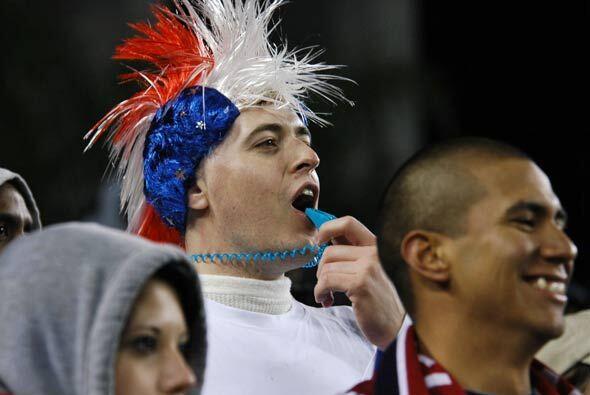 Una mayoría de estadounidenses animaron a su equipo sin descanso durante...