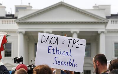 La Casa Blanca guarda silencio sobre el futuro del TPS para miles de inm...