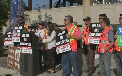 Camioneros del Puerto de Los Ángeles y Long Beach vuelven a declararse e...