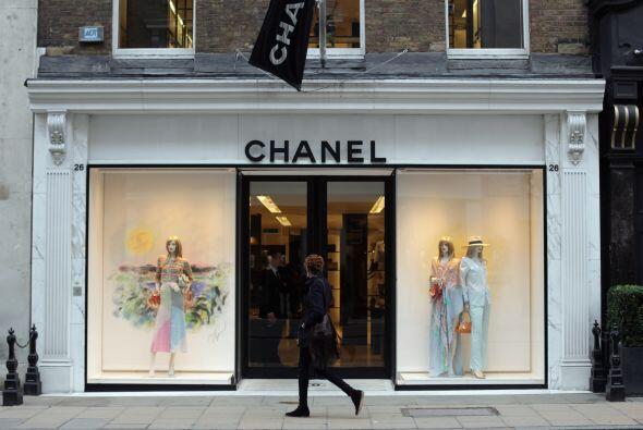 Detrás del primer puesto quedó Chanel, le siguió Louis Vuitton, Christia...