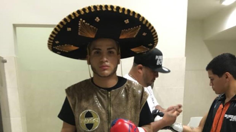 El joven de origen puertorriqueño Jossue Vargas debutó con un nocaut.