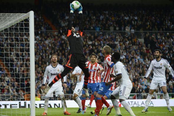 Lo que comenzó con un dominio claro del Madrid, se convirtió desde el mi...